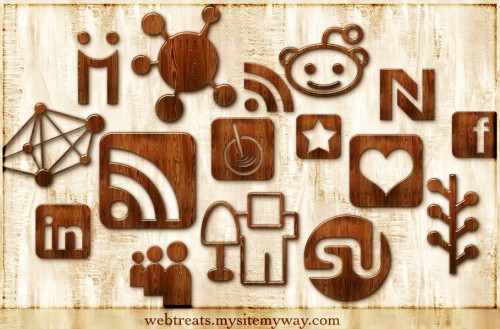 Glossy Waxed Wood Social Networking Icons